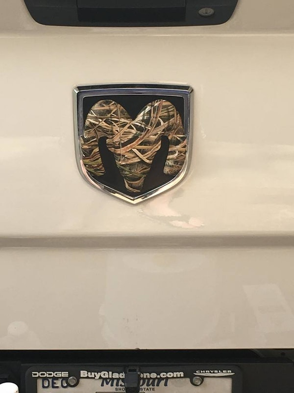 Camo Chevy Bowtie Ford Jeep Ram Emblem Mossy Oak