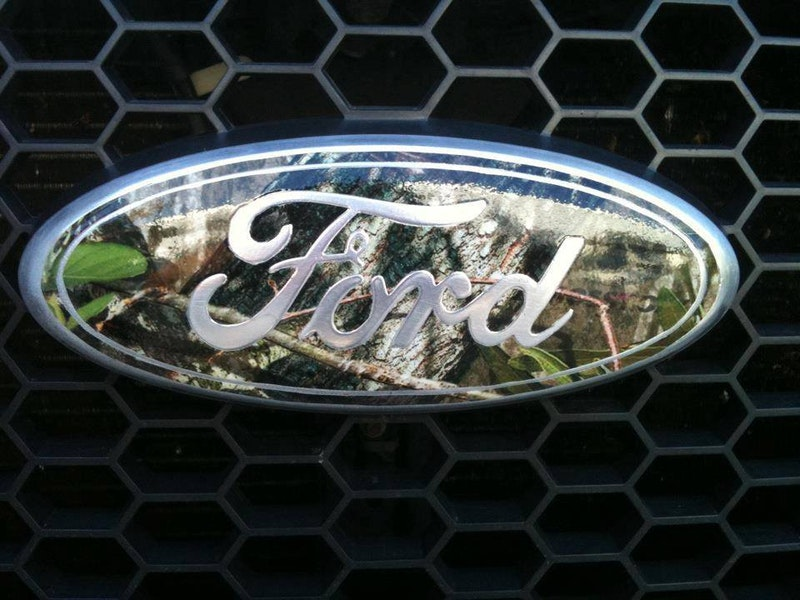 Camo Chevy Bowtie, Ford, Jeep, Ram Emblem Mossy Oak Graphics | Mossy Oak Graphics